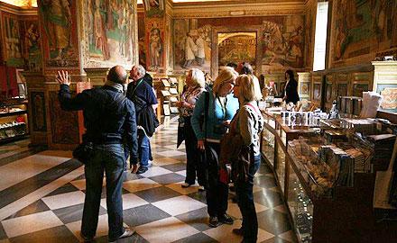 Утренняя экскурсия по Ватиканским музеям и Сикстинской капелле